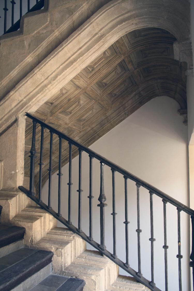El Colegio Imperial Curia de Granada. Escalera principal